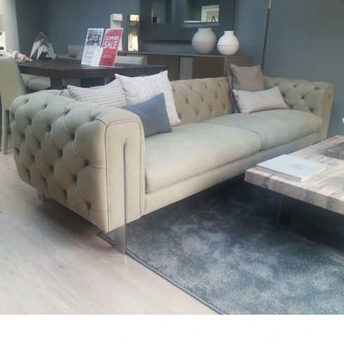 Ex-Display: Montague Extra Large Leather Chesterfield Sofa L254cm