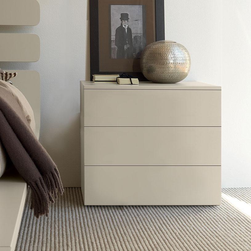 Bond Cream Bedroom Furniture Gloss Or Matt, White Gloss Bedroom Furniture Uk