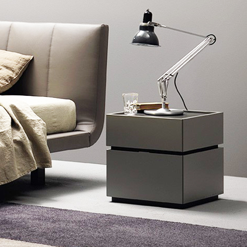 contemporary bedroom side tables como designer bedside table gloss or matt 14953