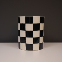 Black and White Chequered Ceramic Centerpiece, D16cm
