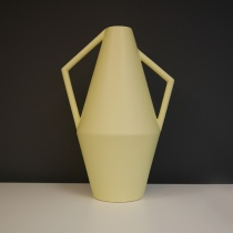 Cire Kado Ceramic Object